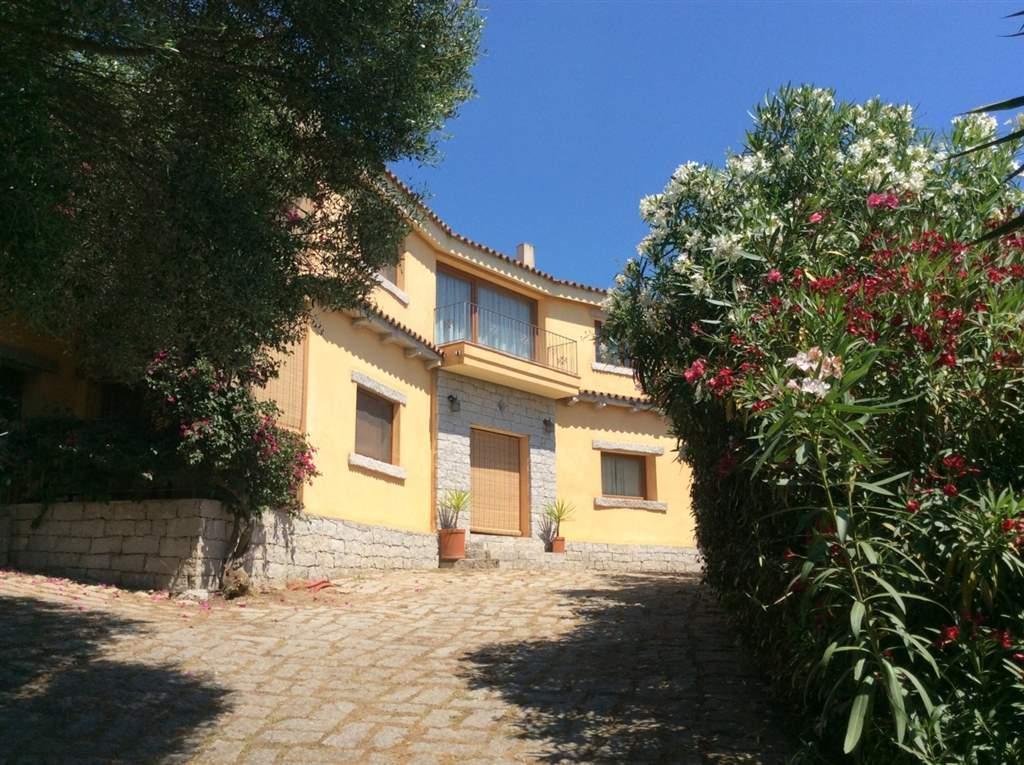 Bifamiliare in Via Li Puntitti 100, Santa Lucia, Olbia