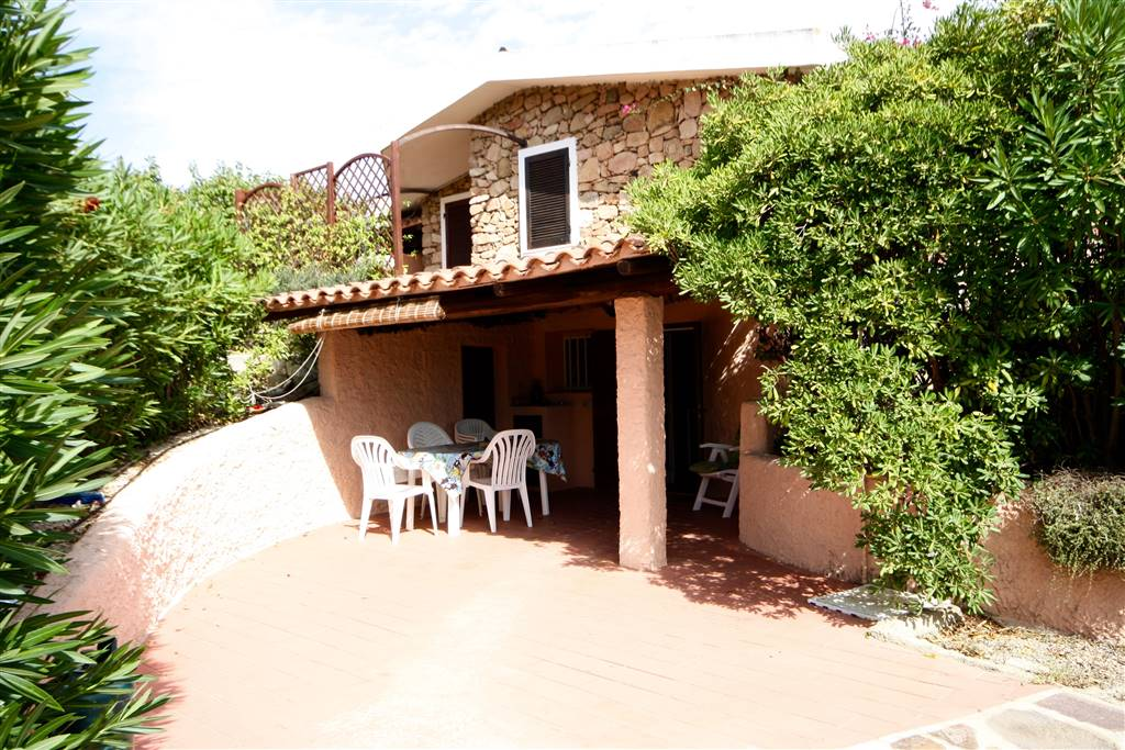 Appartamento indipendente in Via Mar Caspio  5, Bados, Olbia