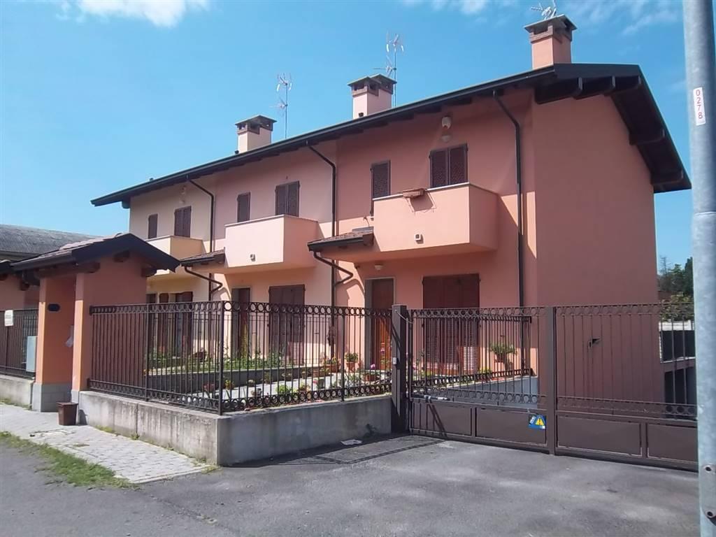 Villa, Dorno