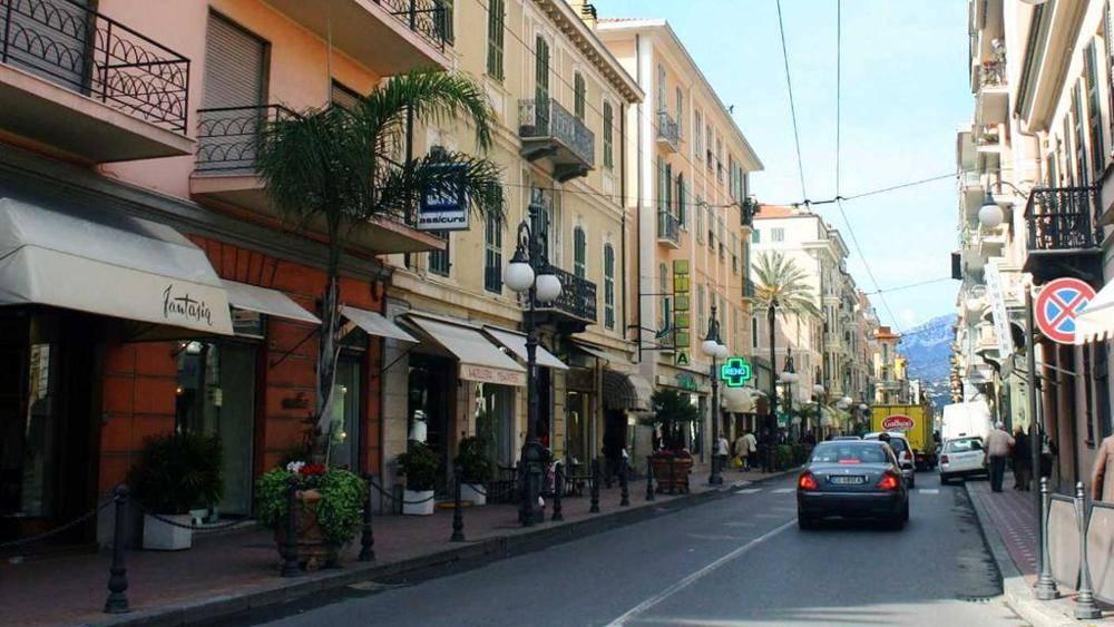 Locale commerciale, Bordighera, in ottime condizioni