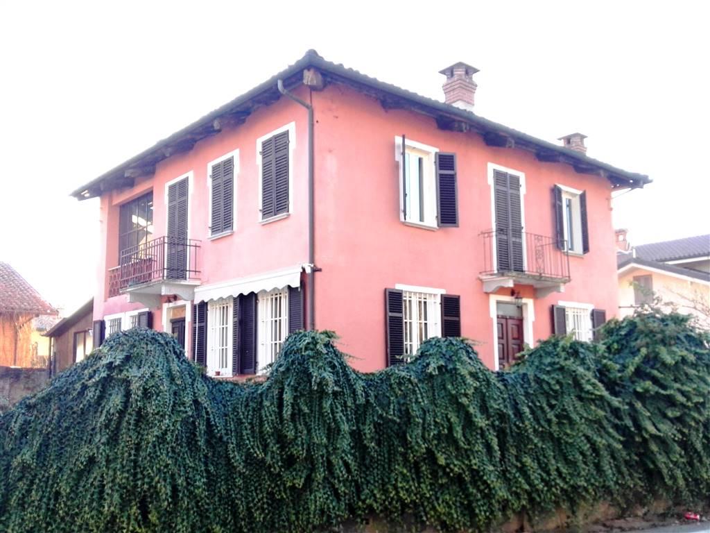 Villa, Dusino San Michele