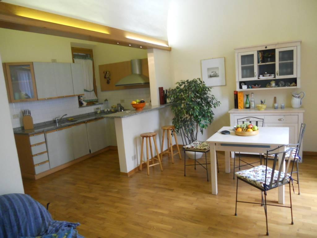 Bagno Con Zona Lavanderia : Appartamento in vendita a viareggio zona centro lucca rif r