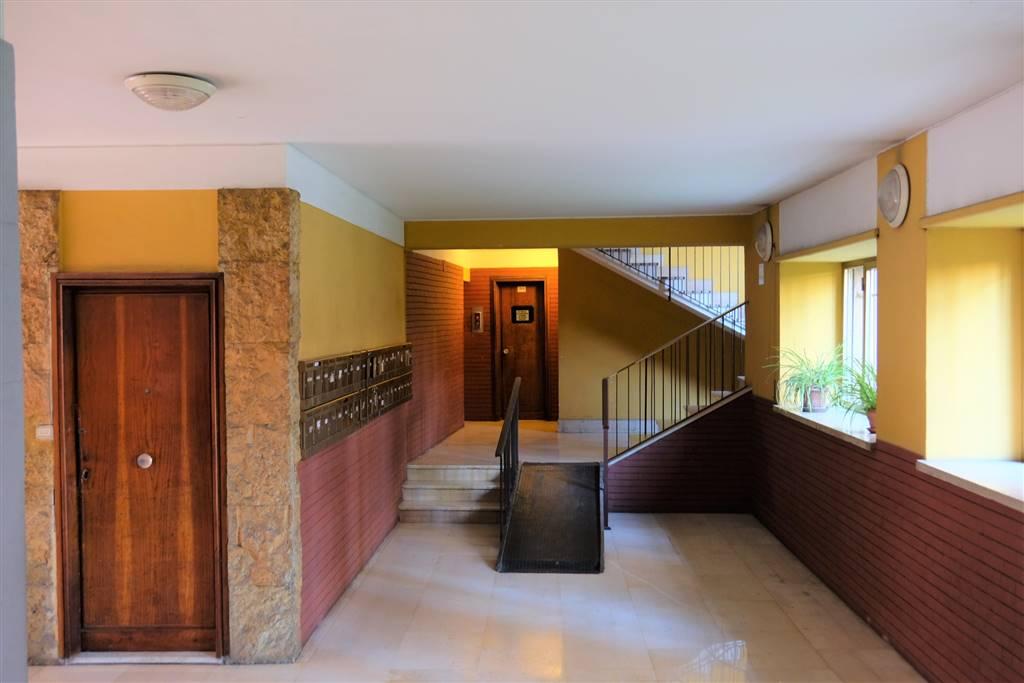 Trilocale in Via Alessandro Severo, Marconi, Ostiense, San Paolo, Roma