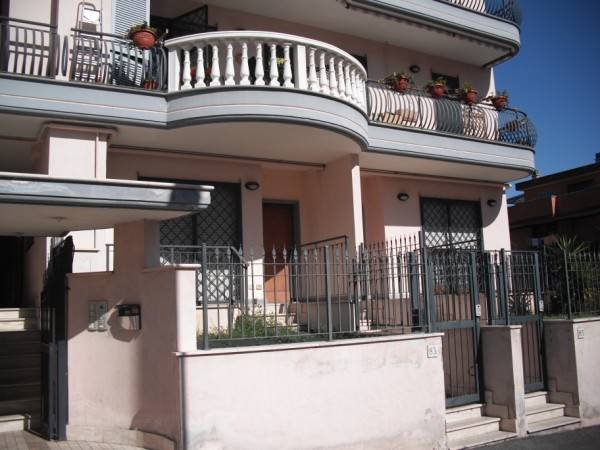 Appartamento indipendente, Finocchio - Torre Gaia - Tor Vergata, Roma