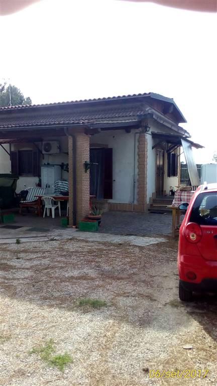 Villa, Montecompatri, abitabile