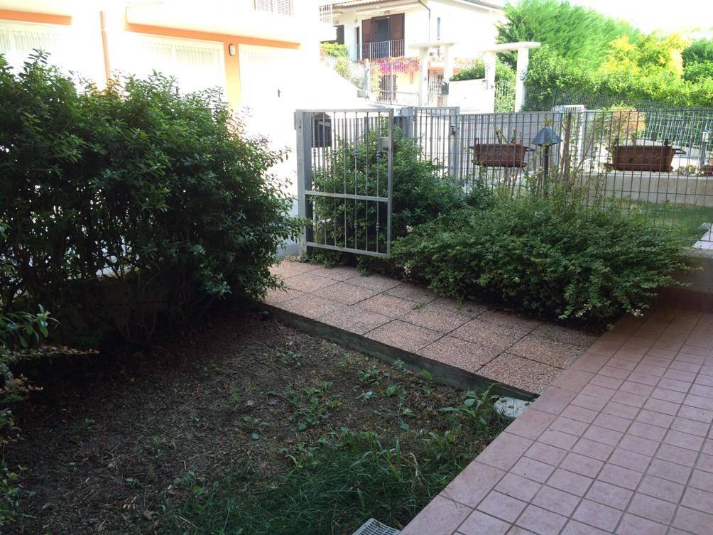 Appartamento in vendita a Camerata Picena, 3 locali, prezzo € 125.000 | CambioCasa.it