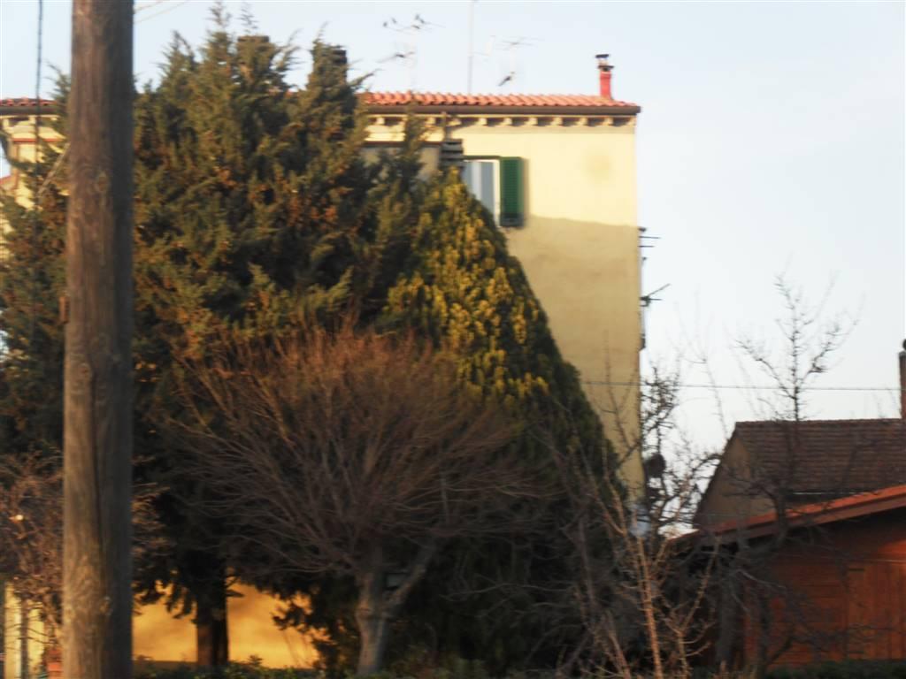 Bilocale in Via Pisana Livornese, Cecina