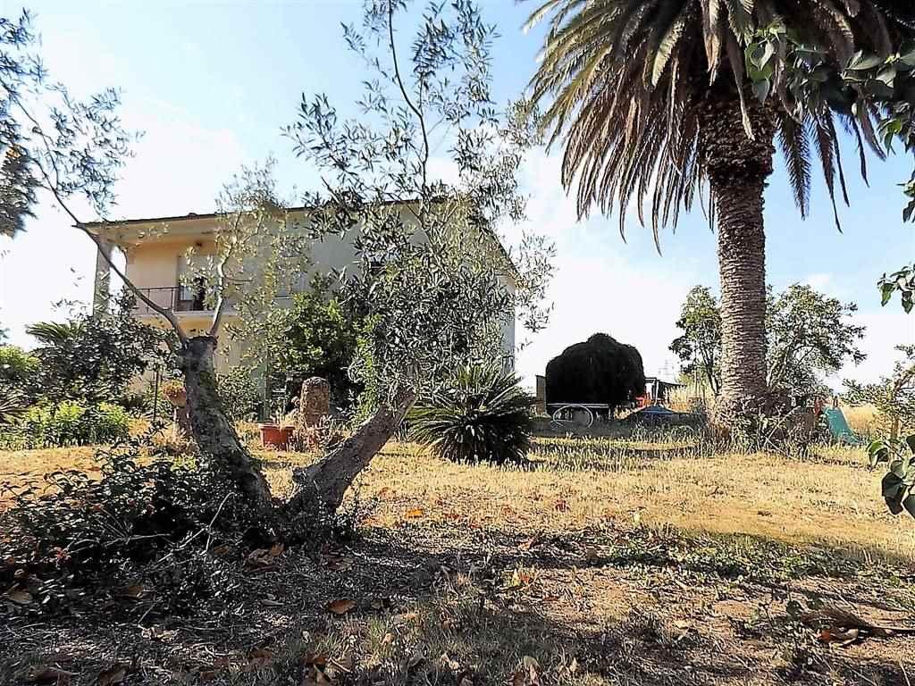 Villa a CASTAGNETO CARDUCCI