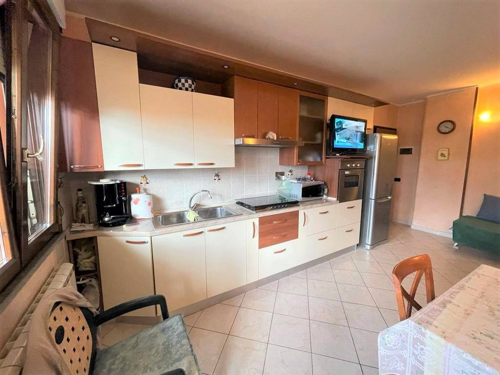 Vendita Appartamento CECINA