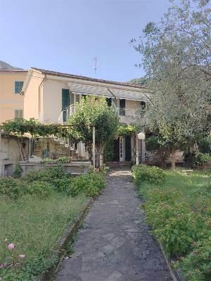 Casa singola, Rebocco, La Spezia, in ottime condizioni