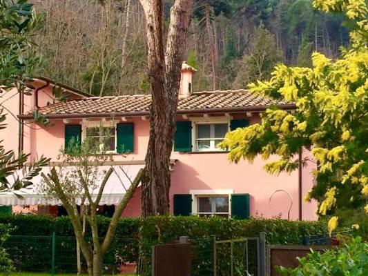 Villa, Lerici, ristrutturata