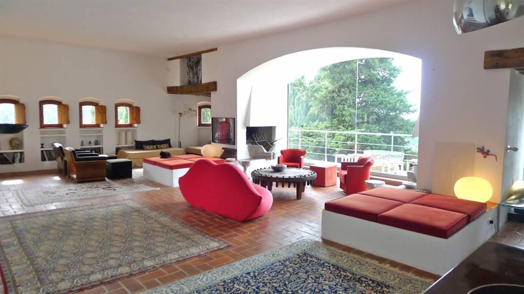 Villa, Pedona, Camaiore, in ottime condizioni