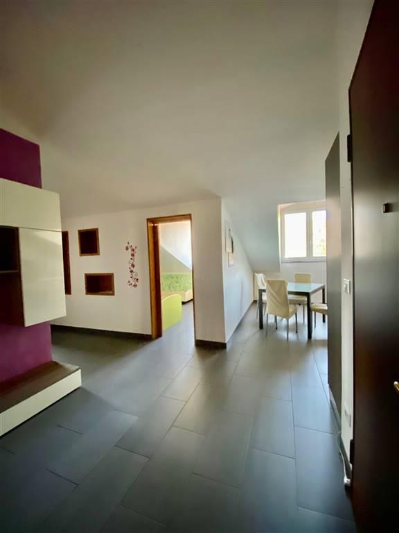 Appartamento in affitto a Riccò del Golfo di Spezia, 4 locali, prezzo € 400 | PortaleAgenzieImmobiliari.it