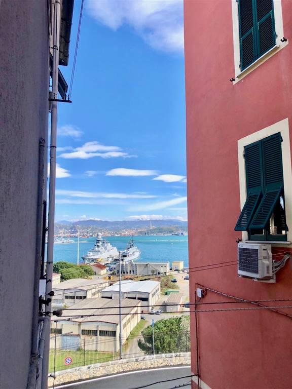 AppartamentiLa Spezia - Trilocale, Marola,acquasanta, La Spezia, da ristrutturare