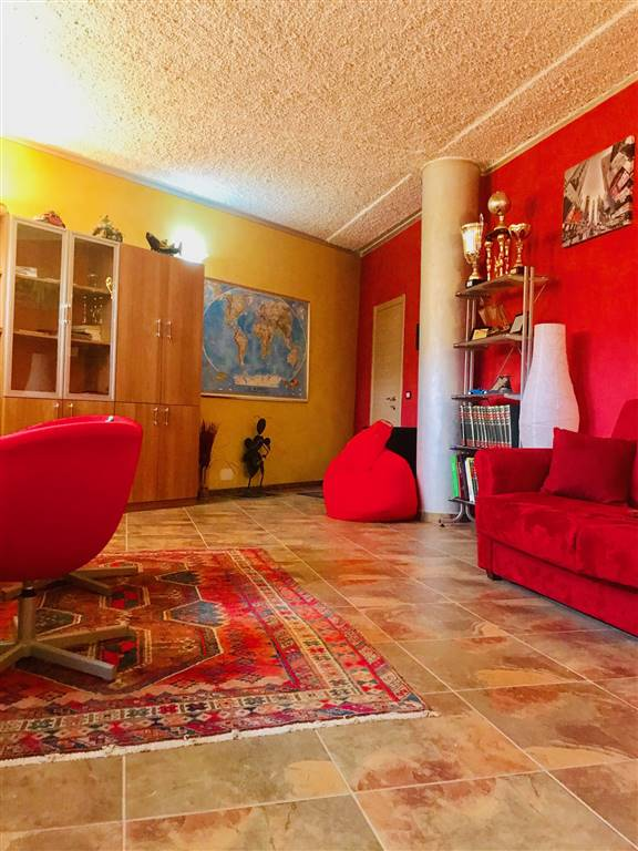 Ufficio / Studio in vendita a Arcola, 2 locali, zona e di Arcola, prezzo € 45.000 | PortaleAgenzieImmobiliari.it