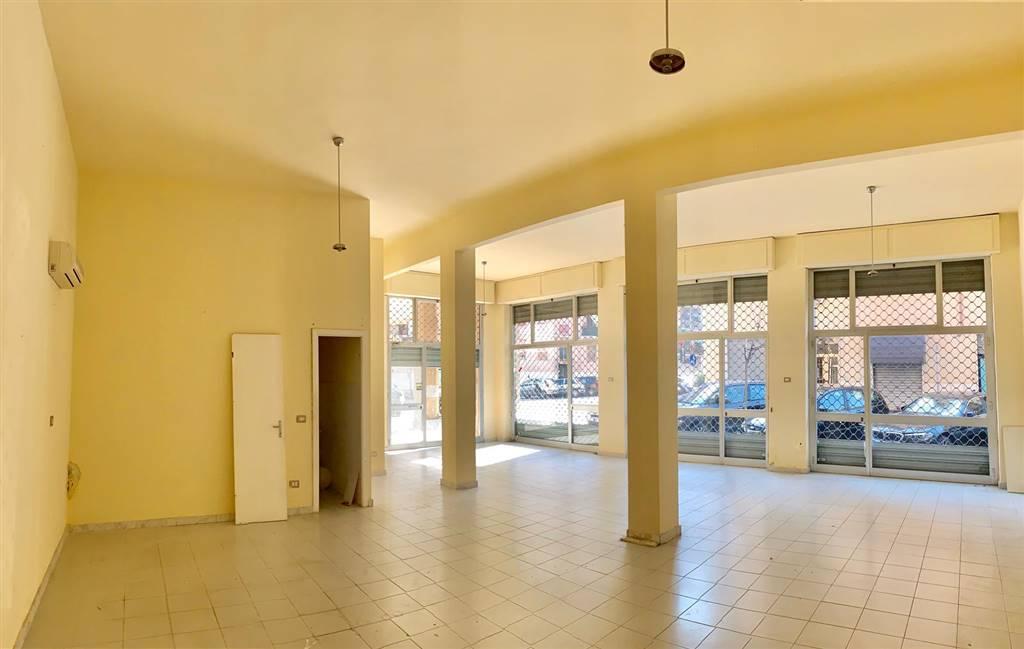 Negozio / Locale in affitto a La Spezia, 1 locali, zona Zona: Mazzetta, prezzo € 600 | CambioCasa.it