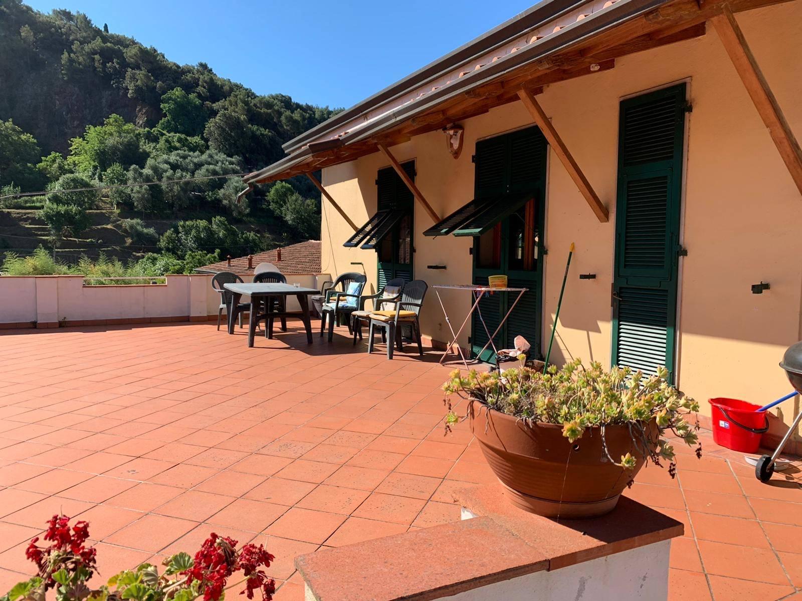 Appartamento in affitto a Arcola, 5 locali, prezzo € 1.000 | PortaleAgenzieImmobiliari.it