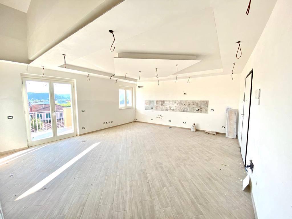 Appartamento in vendita a Santo Stefano di Magra, 5 locali, zona ano Madonnetta, prezzo € 240.000 | PortaleAgenzieImmobiliari.it