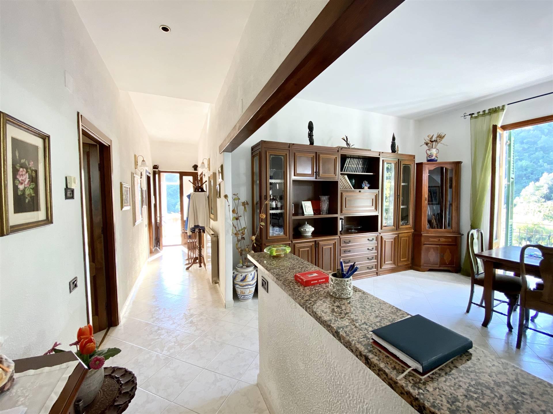 Soluzione Indipendente in vendita a Vernazza, 11 locali, zona azzola, prezzo € 599.000 | PortaleAgenzieImmobiliari.it