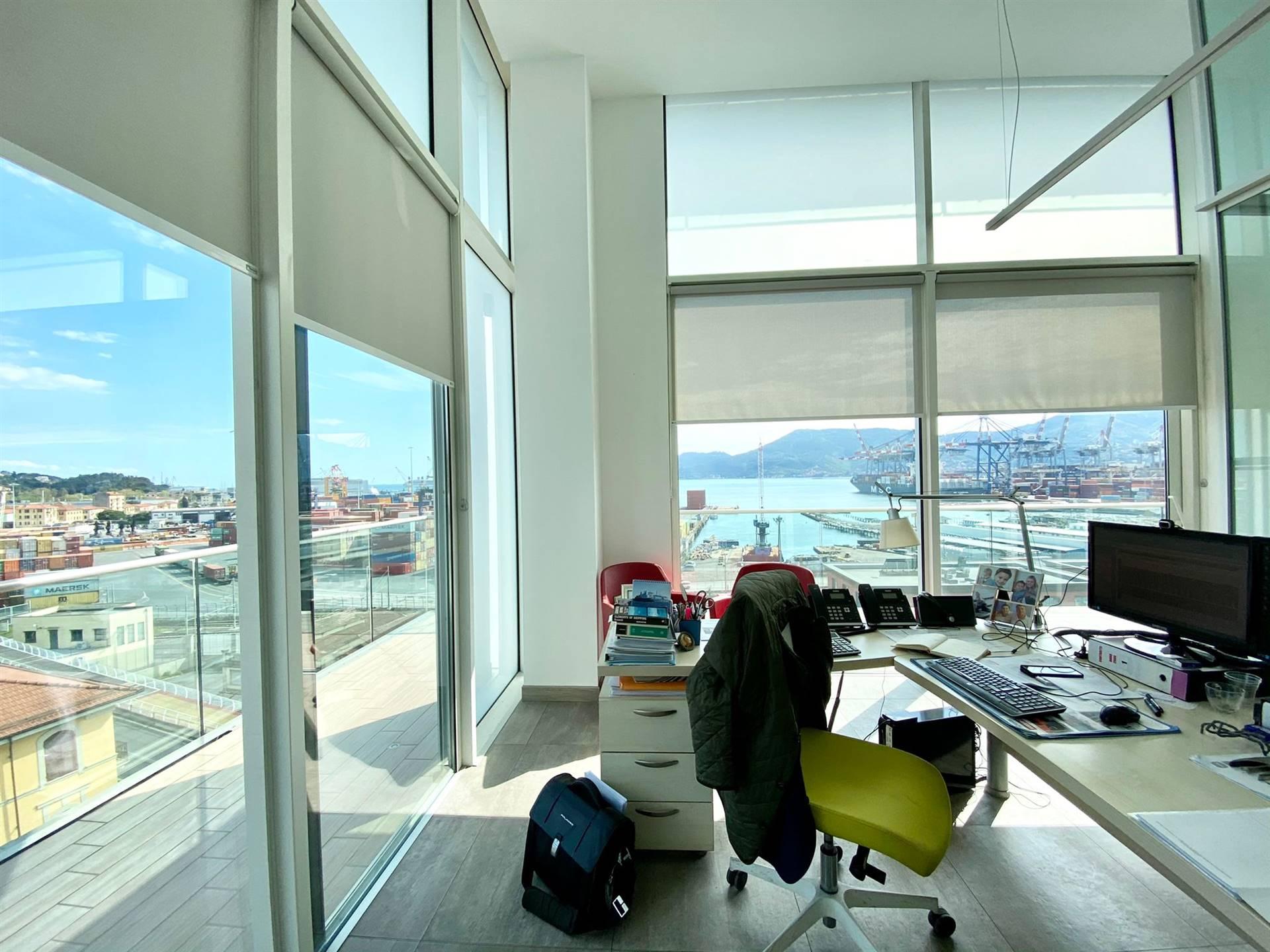 Attico / Mansarda in vendita a La Spezia, 5 locali, zona letto, prezzo € 320.000 | PortaleAgenzieImmobiliari.it