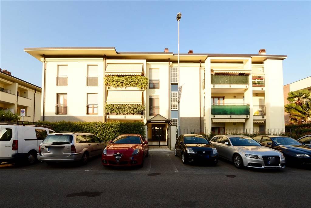 Trilocale in Via Filippo Meda 12, Desio