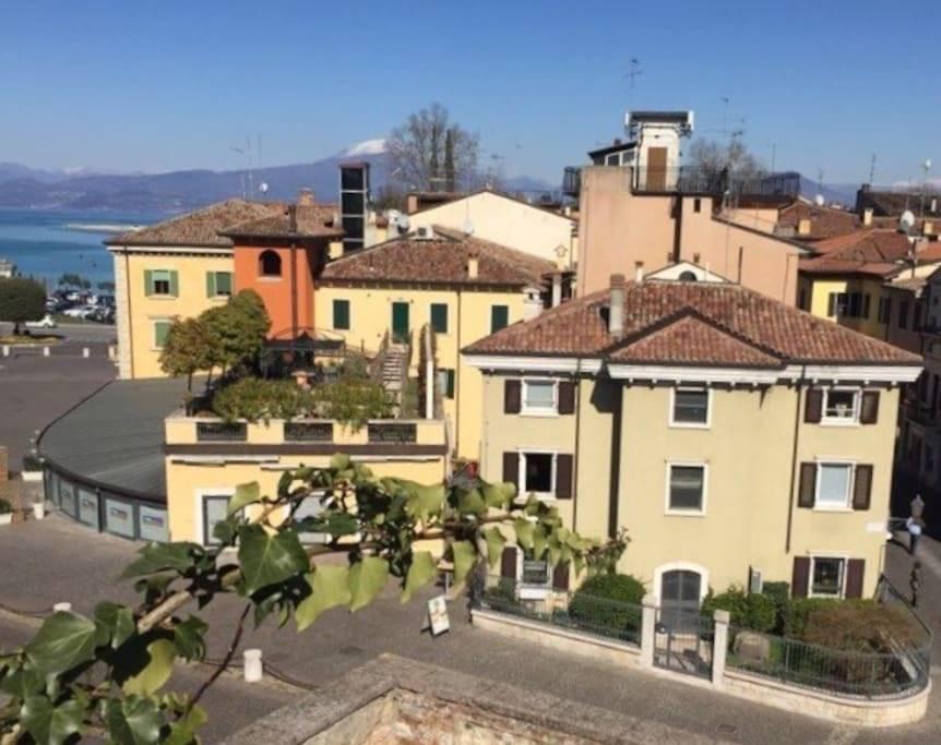 Trilocale in Piazzale Betteloni 7, Peschiera Del Garda