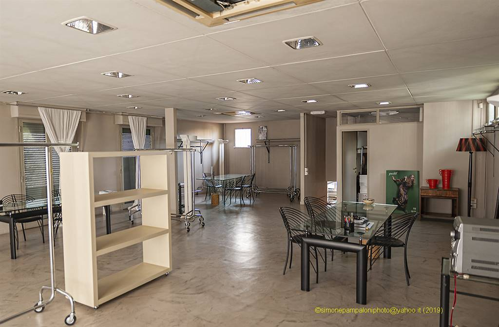 SAN GAGGIO, FIRENZE, Laboratory for rent of 430 Sq. mt., Excellent Condition, Heating Individual heating system, Energetic class: E, Epi: 3,51 kwh/m3
