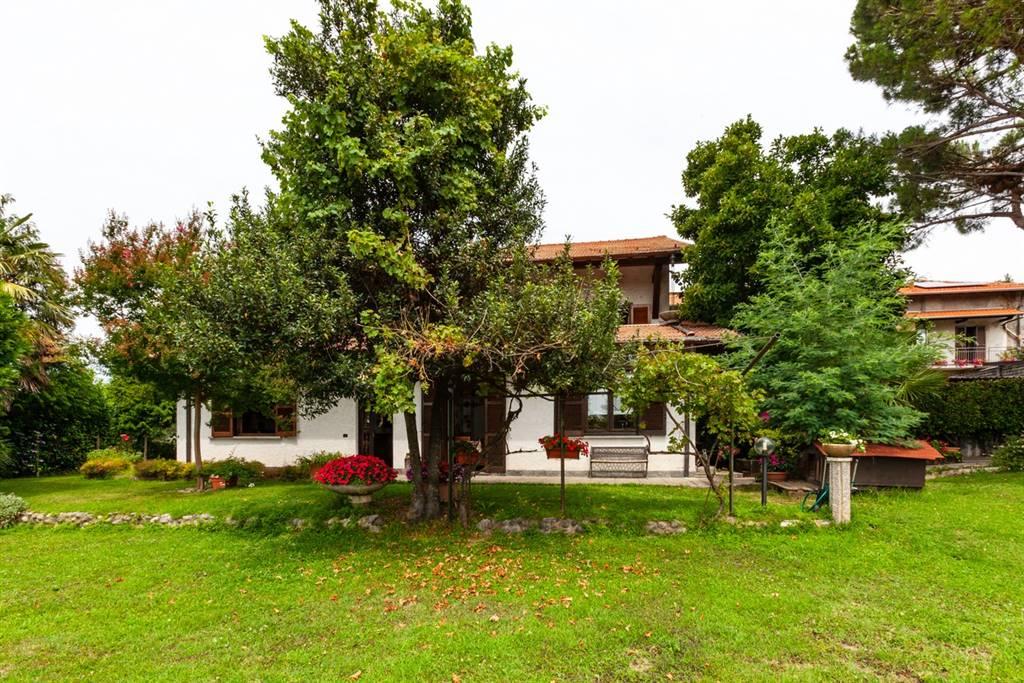 Ufficio Verde Pubblico Varese : Nuove costruzioni varese appartamenti case uffici in