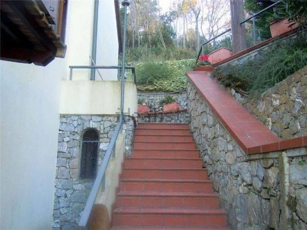 Villa Bifamiliare in vendita a Noli, 8 locali, prezzo € 1.200.000 | CambioCasa.it