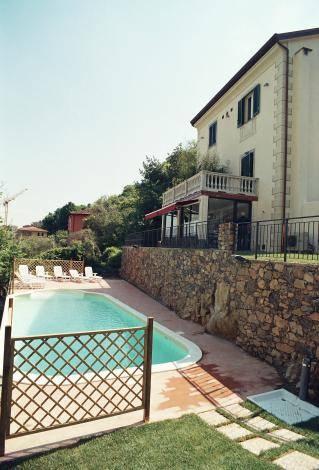 Albergo in vendita a Portovenere, 14 locali, prezzo € 1.500.000 | PortaleAgenzieImmobiliari.it