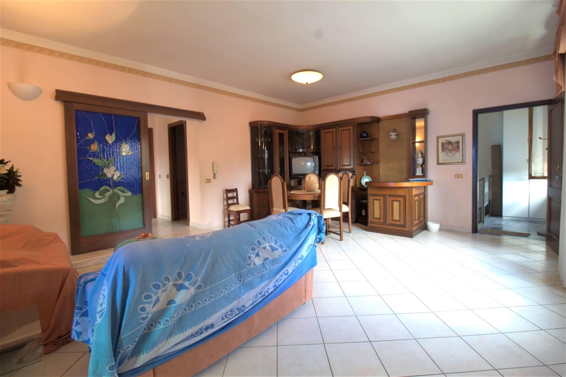Appartamento in vendita a Licciana Nardi, 7 locali, zona Località: MONTI, prezzo € 148.000   PortaleAgenzieImmobiliari.it