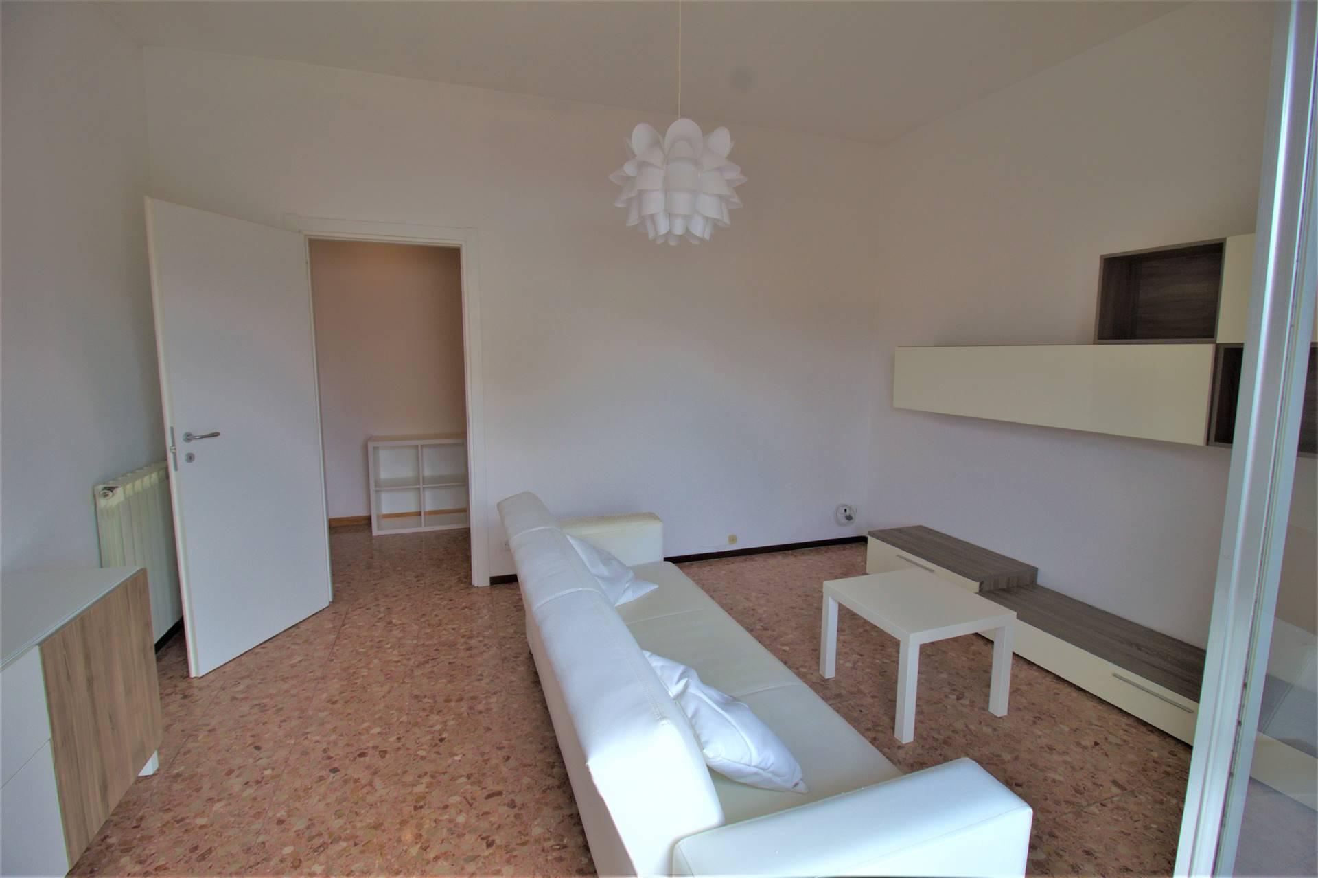 Appartamento in vendita a Aulla, 4 locali, prezzo € 87.000   PortaleAgenzieImmobiliari.it