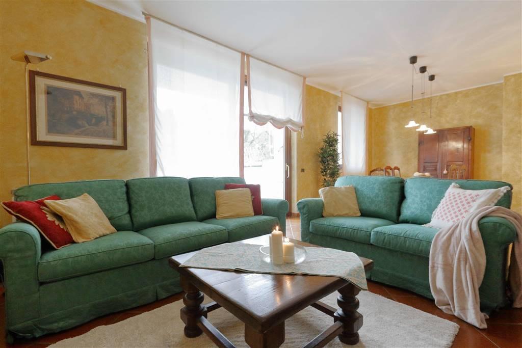 Villa, Correzzana, ristrutturata