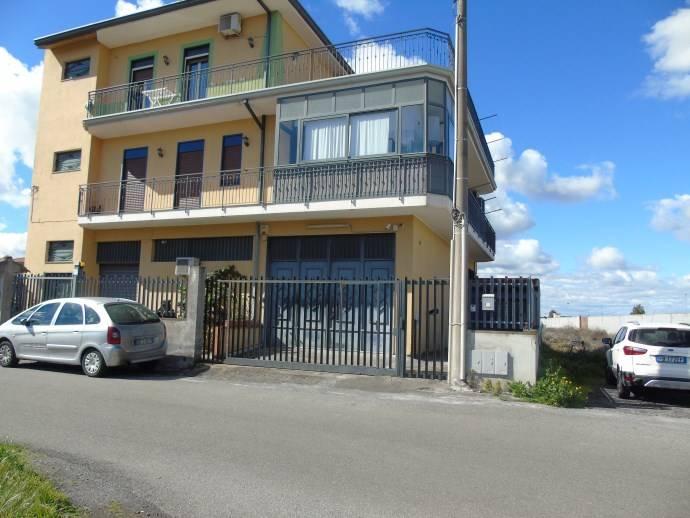 Trilocale in Via Cesare Terranova, Belpasso