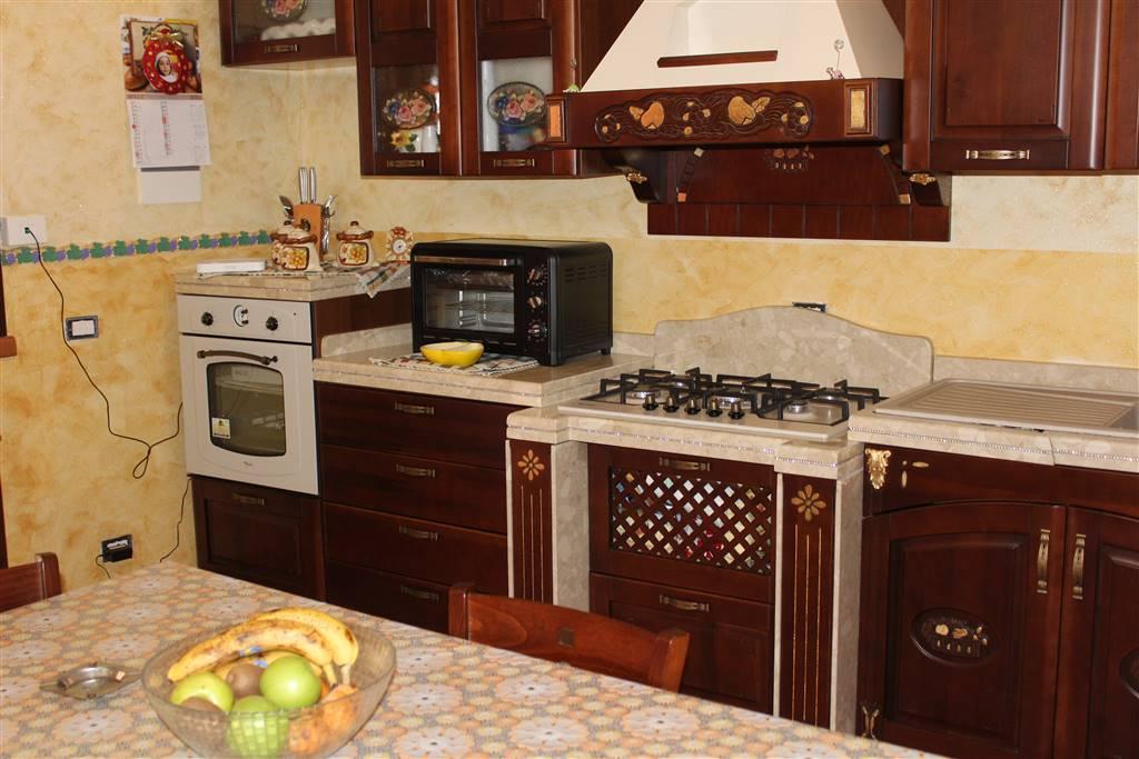 Appartamento indipendente in Via Mulino a Vento, Catania