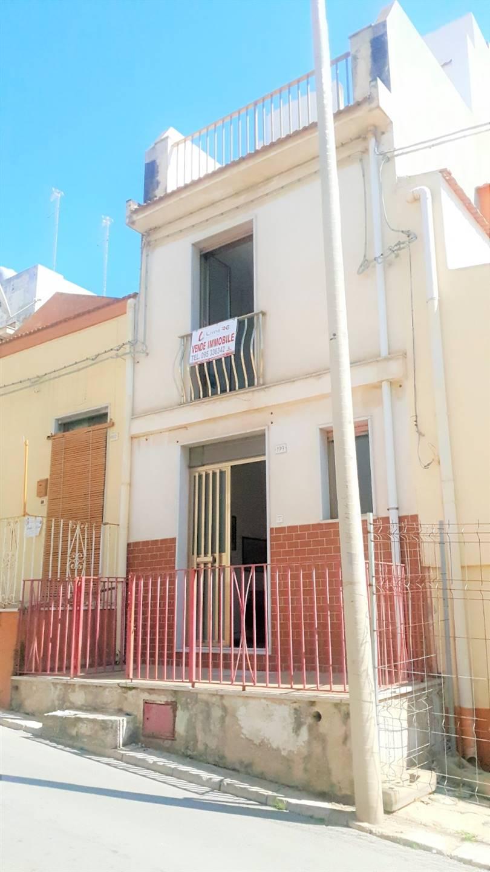 Appartamento in vendita a Pozzallo, 3 locali, prezzo € 76.000 | CambioCasa.it