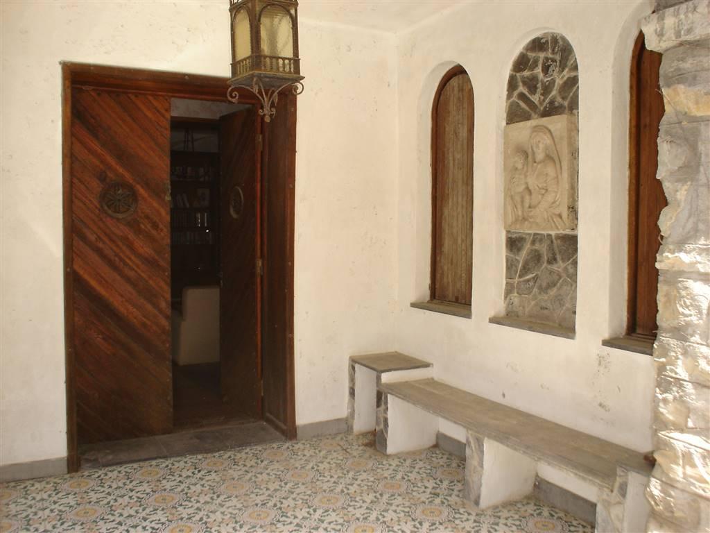 Villa in vendita a Rezzo, 6 locali, zona na, prezzo € 80.000   PortaleAgenzieImmobiliari.it