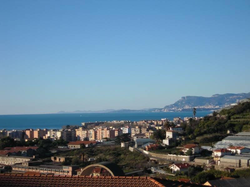 Appartamento in vendita a Vallecrosia, 3 locali, prezzo € 265.000   PortaleAgenzieImmobiliari.it