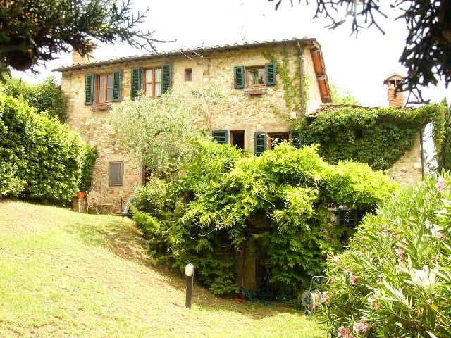Colonica in ottime condizioni a Greve in Chianti