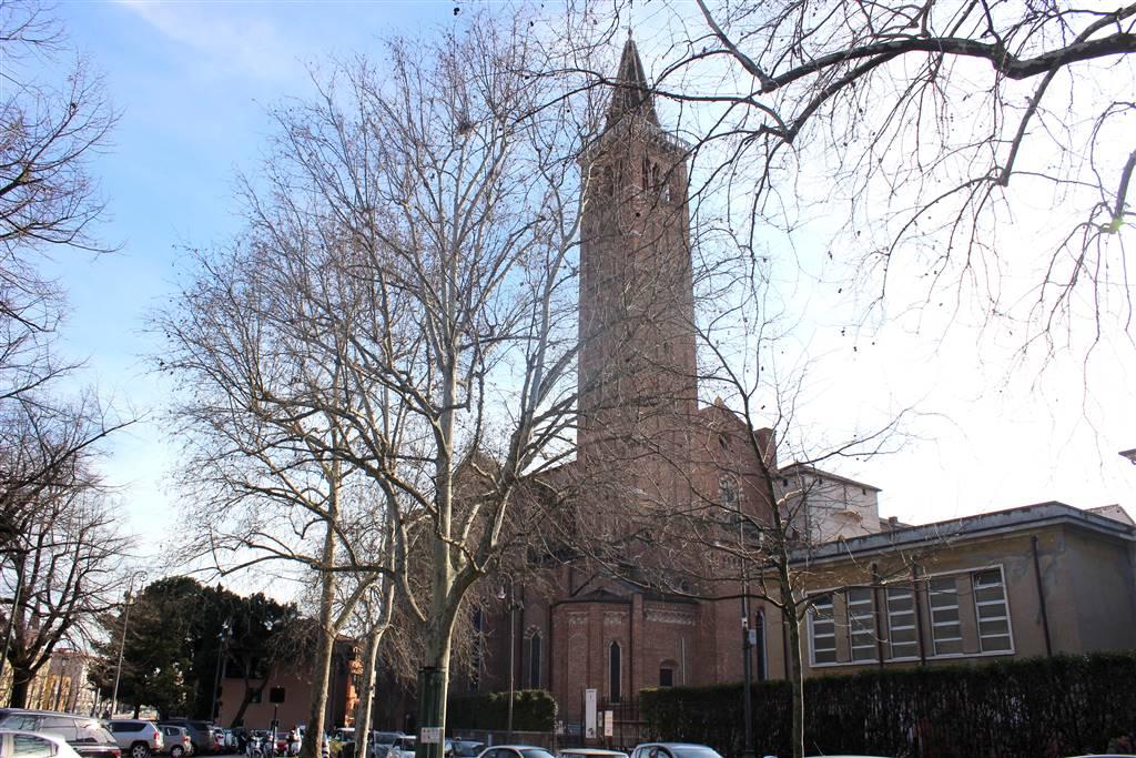 Trilocale in Piazzetta Chiavica 11, Centro Storico, Verona