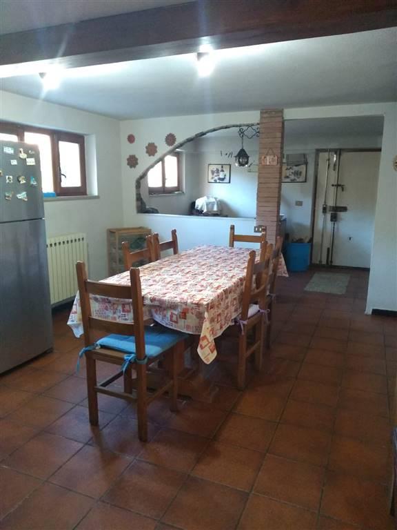 Soluzione Indipendente in vendita a Beverino, 11 locali, prezzo € 310.000 | PortaleAgenzieImmobiliari.it