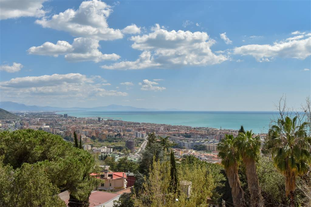 Appartamento, Ginestre , Sala Abbagnano , Panoramica , Casa Manzo, Salerno, da ristrutturare