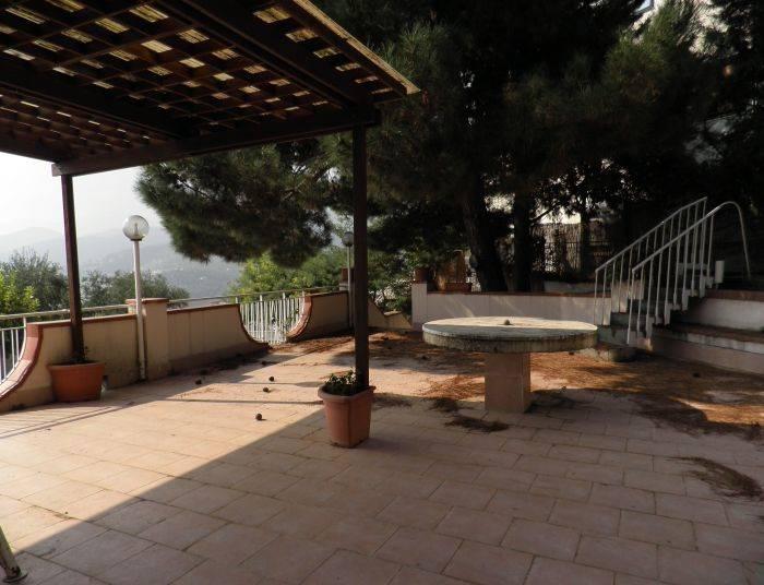 Villa in Via Casa Dei Pazzi 20, Ginestre , Sala Abbagnano , Panoramica , Casa Manzo, Salerno