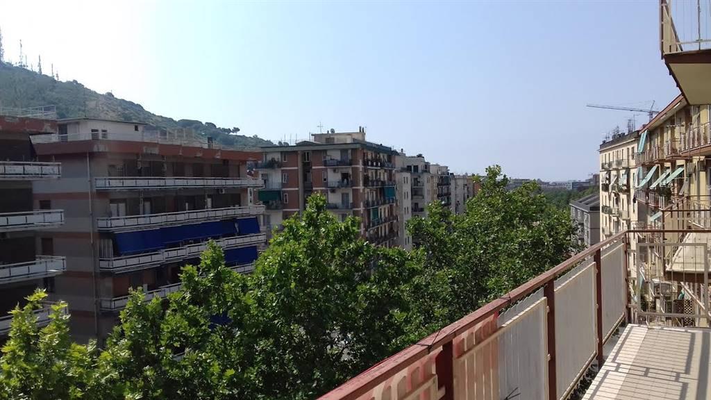 Quadrilocale in Via Eugenio Caterina/via S. Giovanni Bosco  14, Carmine, Salerno