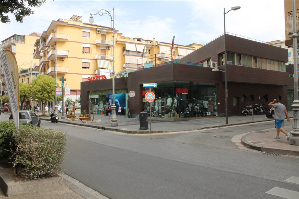 TORRIONE, SALERNO, Office for sale of 50 Sq. mt., New construction, Energetic class: B, placed at 1°, composed by: 1 Room, 1 Bathroom, Single Box,