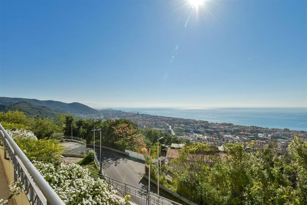 Appartamento in Via Casa Manzo 2\a, Ginestre , Sala Abbagnano , Panoramica , Casa Manzo, Salerno