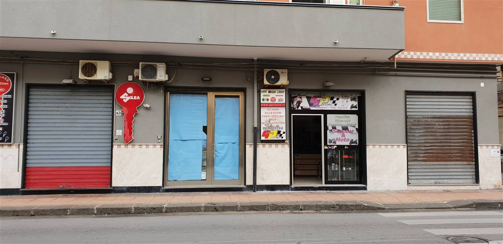 PASTENA, SALERNO, Shop for sale of 50 Sq. mt., Excellent Condition, Energetic class: G, placed at Ground, composed by: , 1 Bathroom, Price: € 175,000