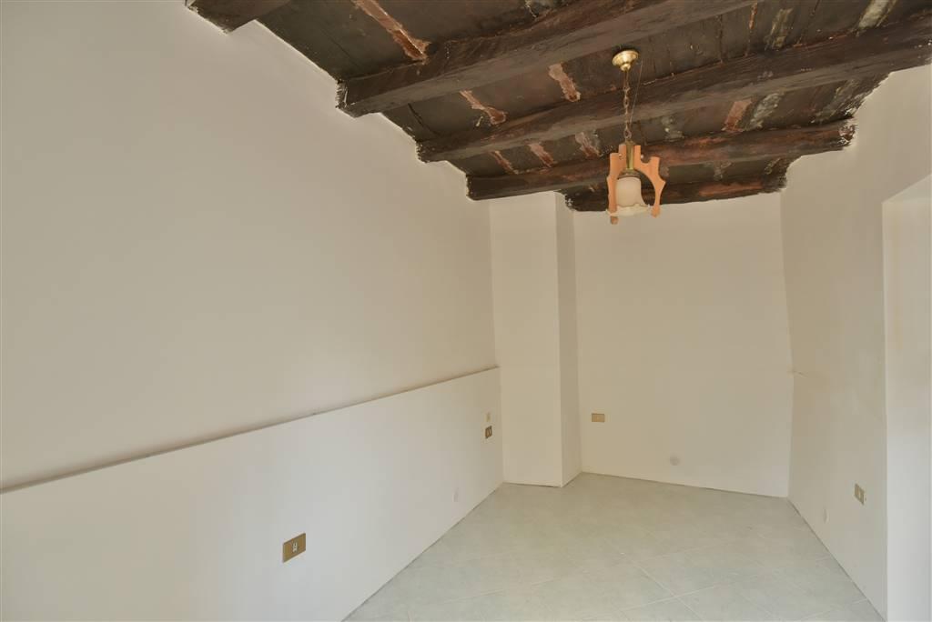 Appartamento indipendente in Via Degli Etruschi 124, Matierno, Salerno