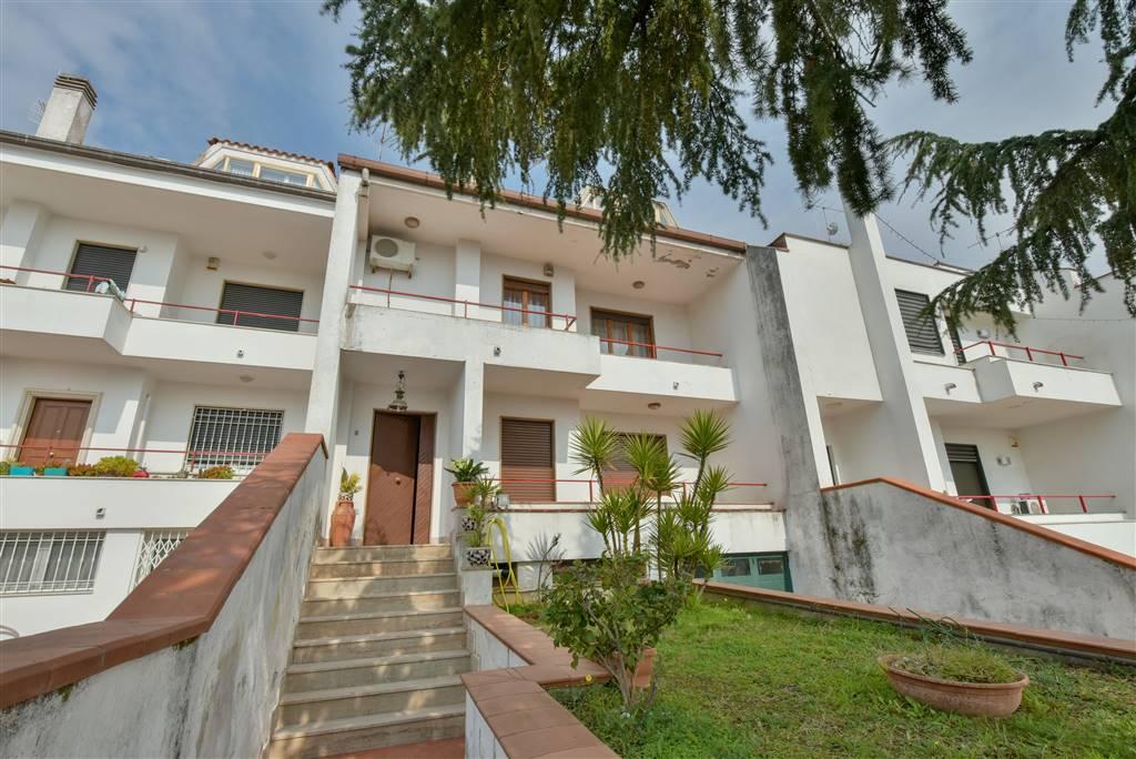 CAMPIGLIANO, SAN CIPRIANO PICENTINO, Villa a schiera in vendita di 198 Mq, Buone condizioni, Riscaldamento Autonomo, Classe energetica: G, Epi: 132