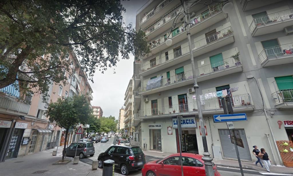Quadrilocale in Via Torrione 161, Torrione, Salerno